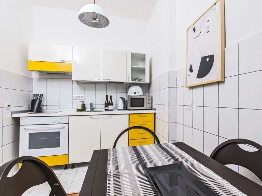 Belgrade Main Square Apartment - kitchen
