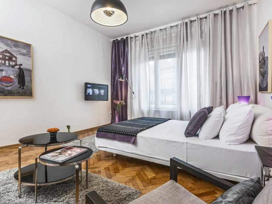 Belgrade Main Square Apartment - Destinelo