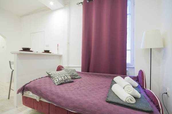 Tiny romantic place apartment - double bed