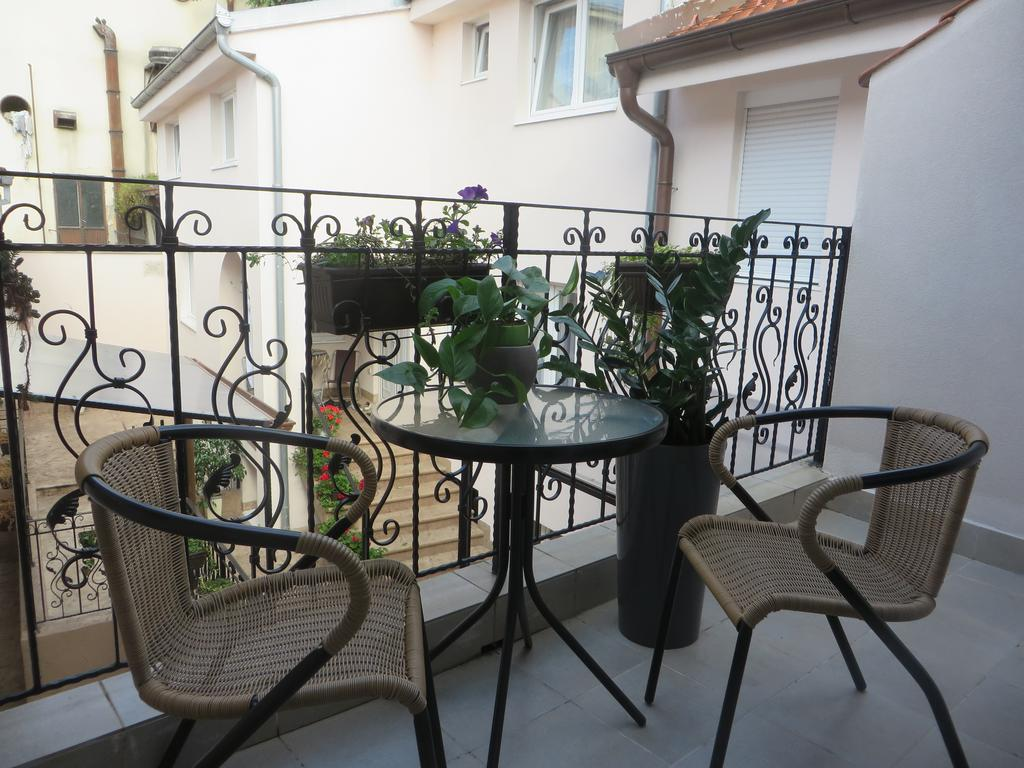 Bed & Breakfast Villa Marija Belgrade - twin-room-terrace-view