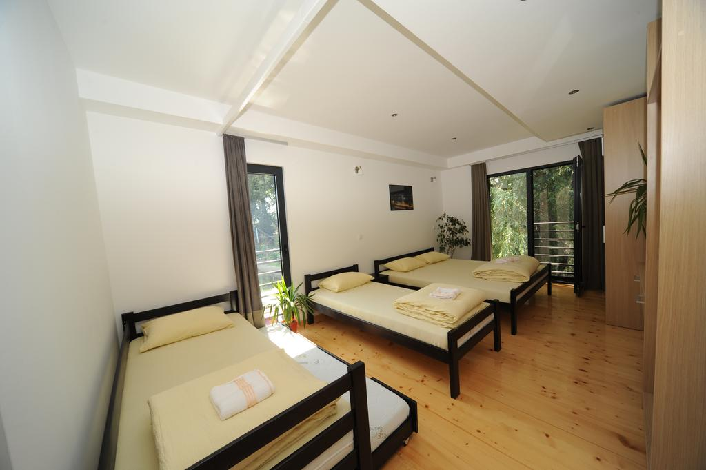 Boatel Charlie - quadruple room 2+1 beds