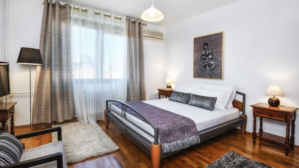 National Theatre Apartment Belgrade - double bed