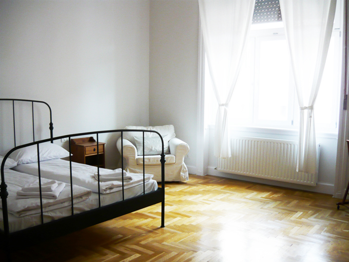 Budapest Basilica Apartment - double bed