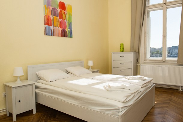 Danube Panorama Apartment Budapest - double bed