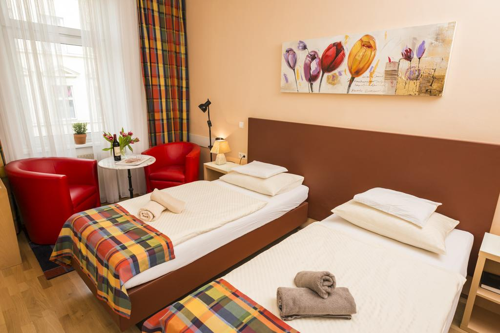 Cozy Ferchergasse Studio Apartment 5 - 2 single beds