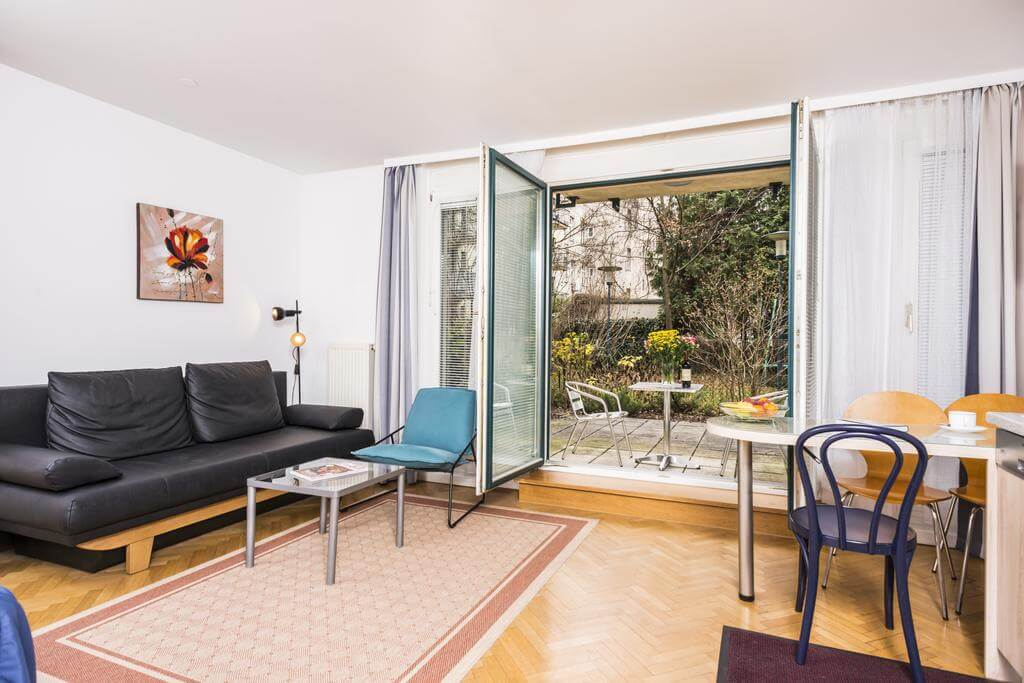 Garden View Ferchergasse Apartment R02