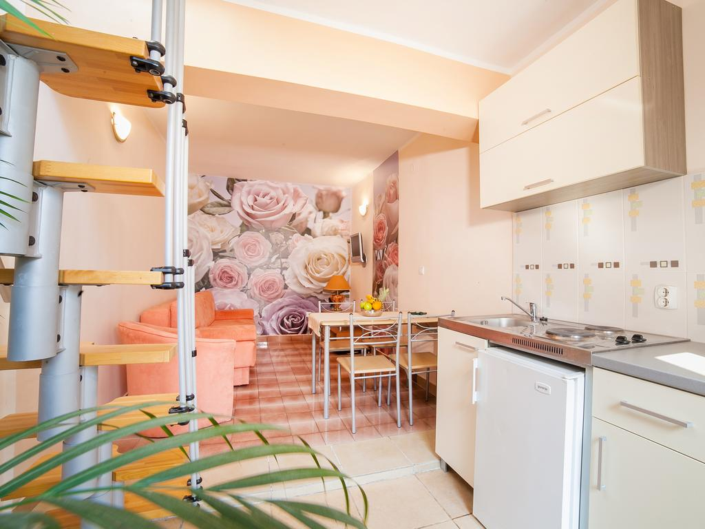 Duplex Apartment - kitchen and dining