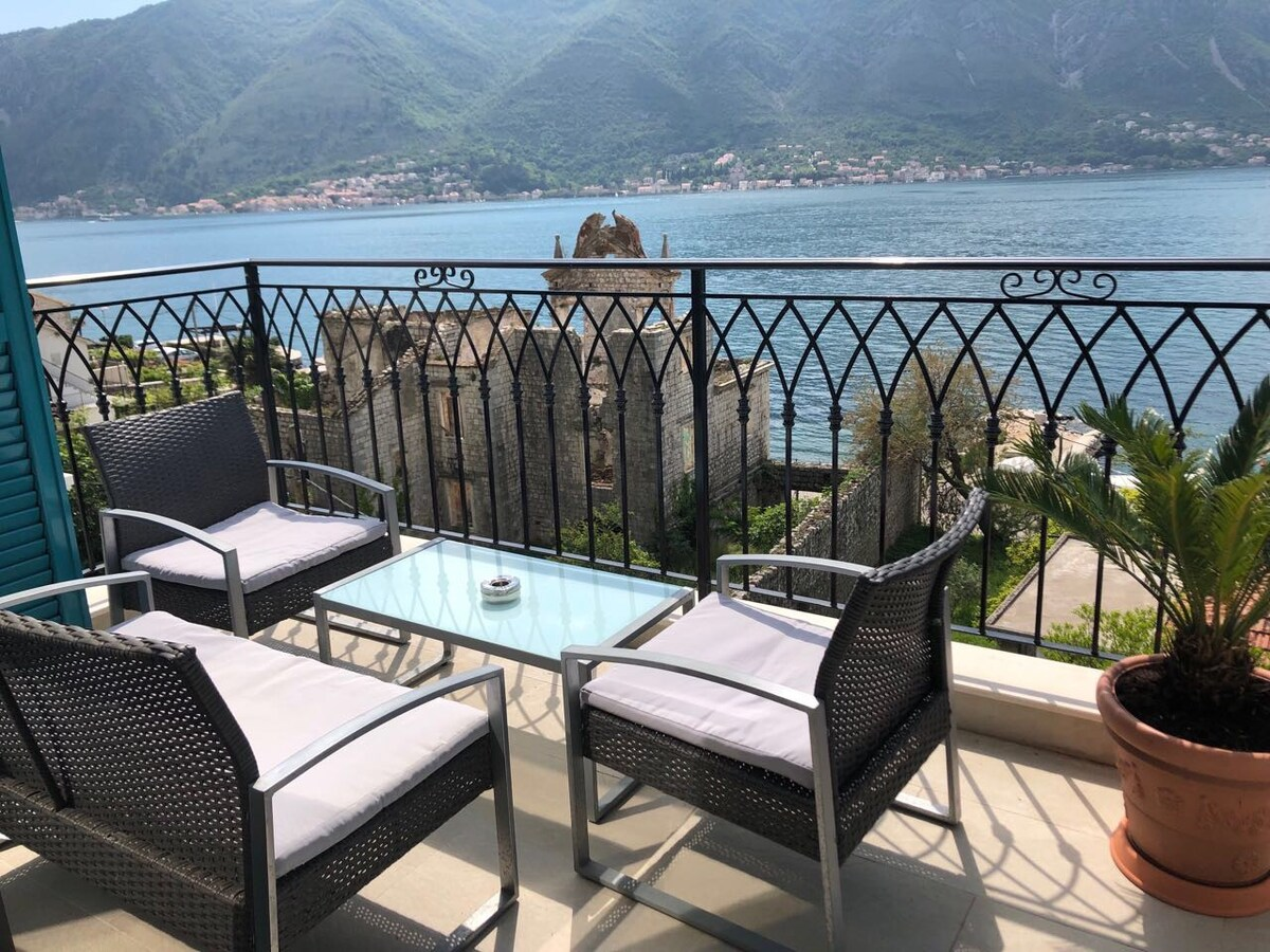 Apartments Živković - Dobrota, Montenegro - terrace sea view