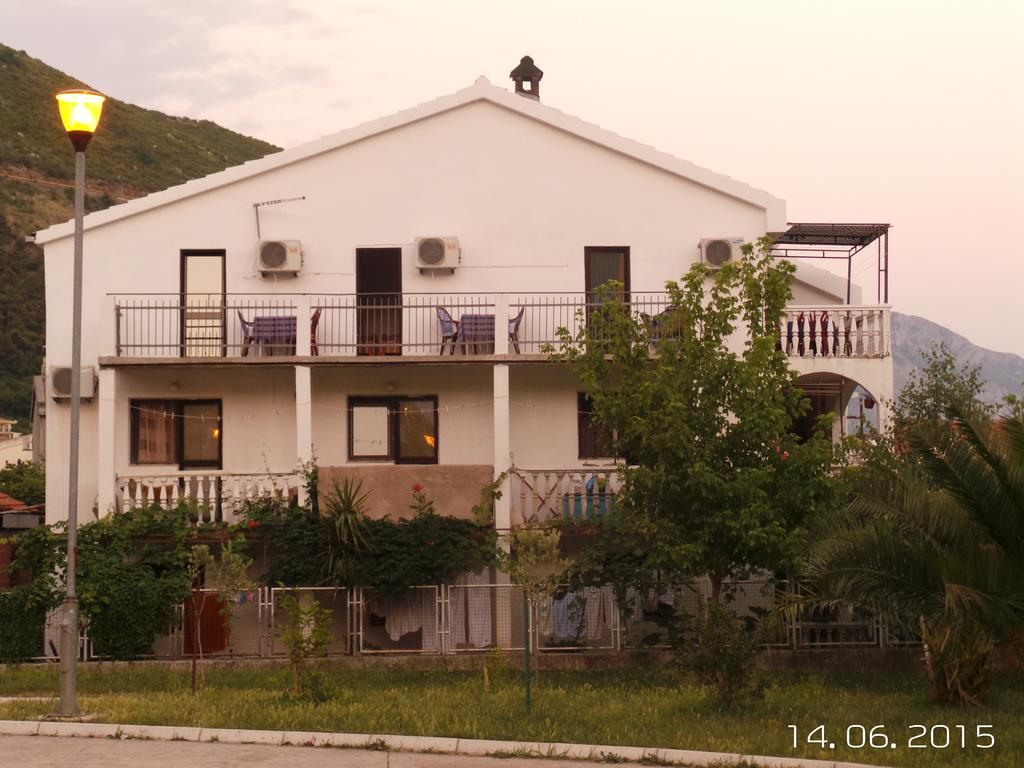 Guesthouse & Rooms Vulovic